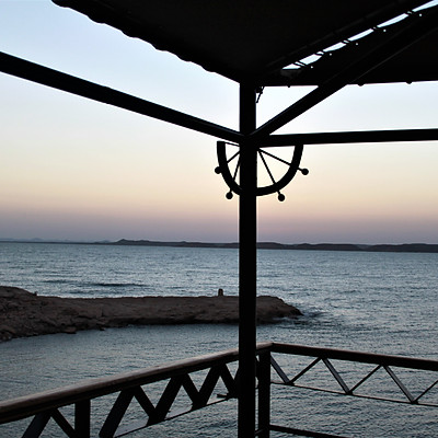 Le soleil se lève à ABOU SIMBEL