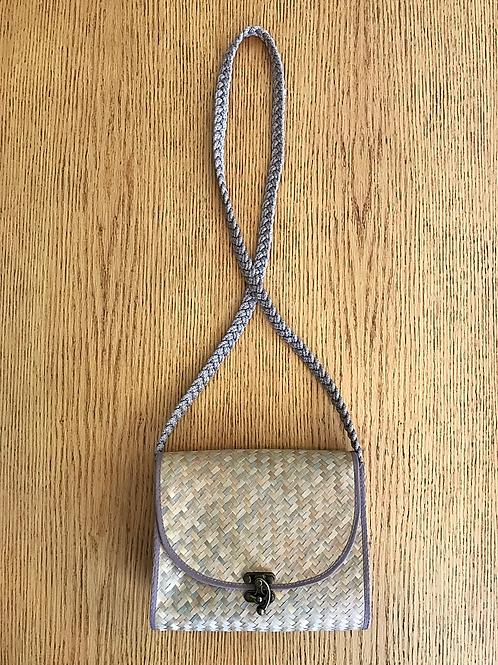 Bolsa Thai c/ crochet