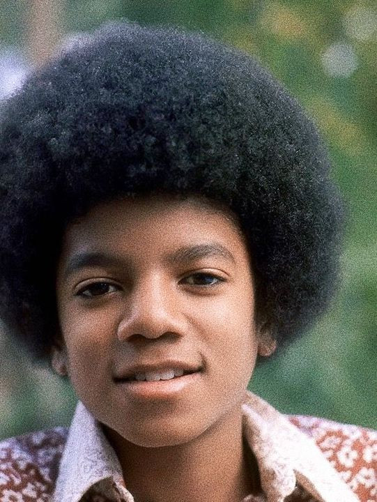 Bruno Mars Leave the Door Open   The only singer who'll be timeless after Michael Jackson