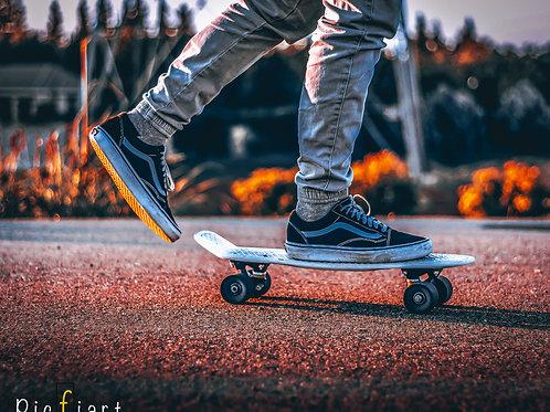 """""""Skater 1"""" von Picfiart"""