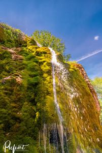 _Z721657-waterfall.jpg