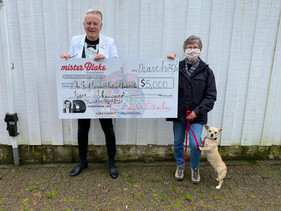 Donation presentation to Jack Russell Network Canada