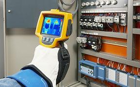 Camara termografic para deteccion de problemas en tableros electricos industriales, motores electricos,chiller, termografias