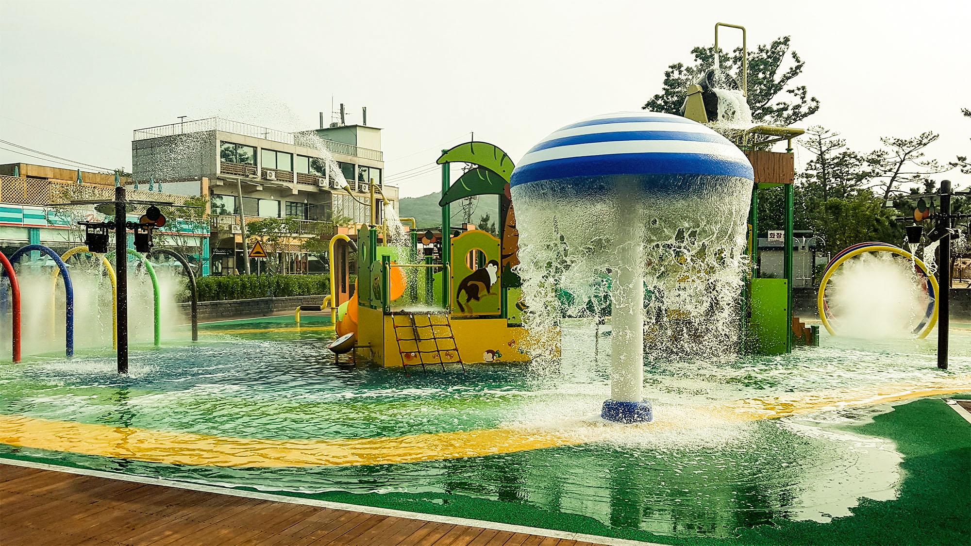 장경리 해상물놀이공원