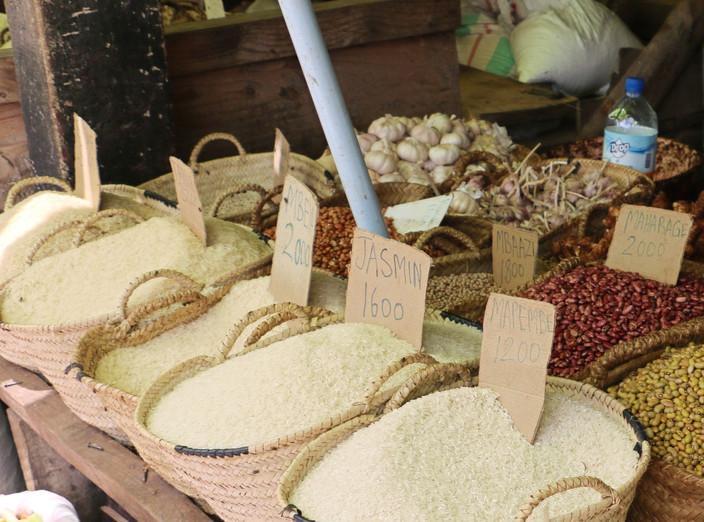 Food%20Market_edited.jpg