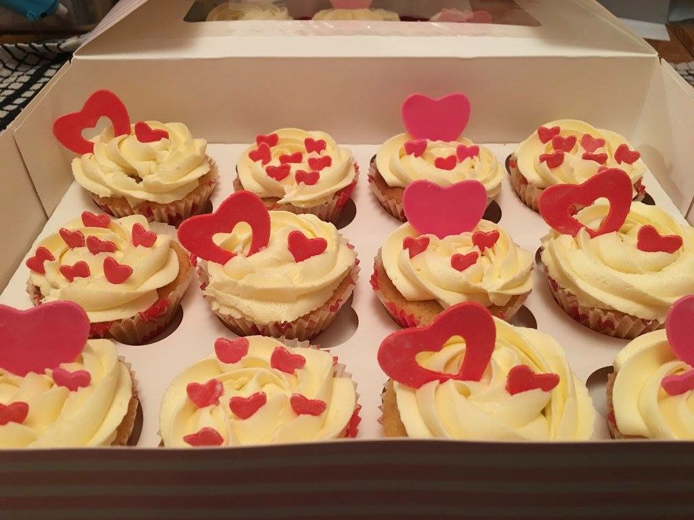 Red & Pink Heart Cupcakes