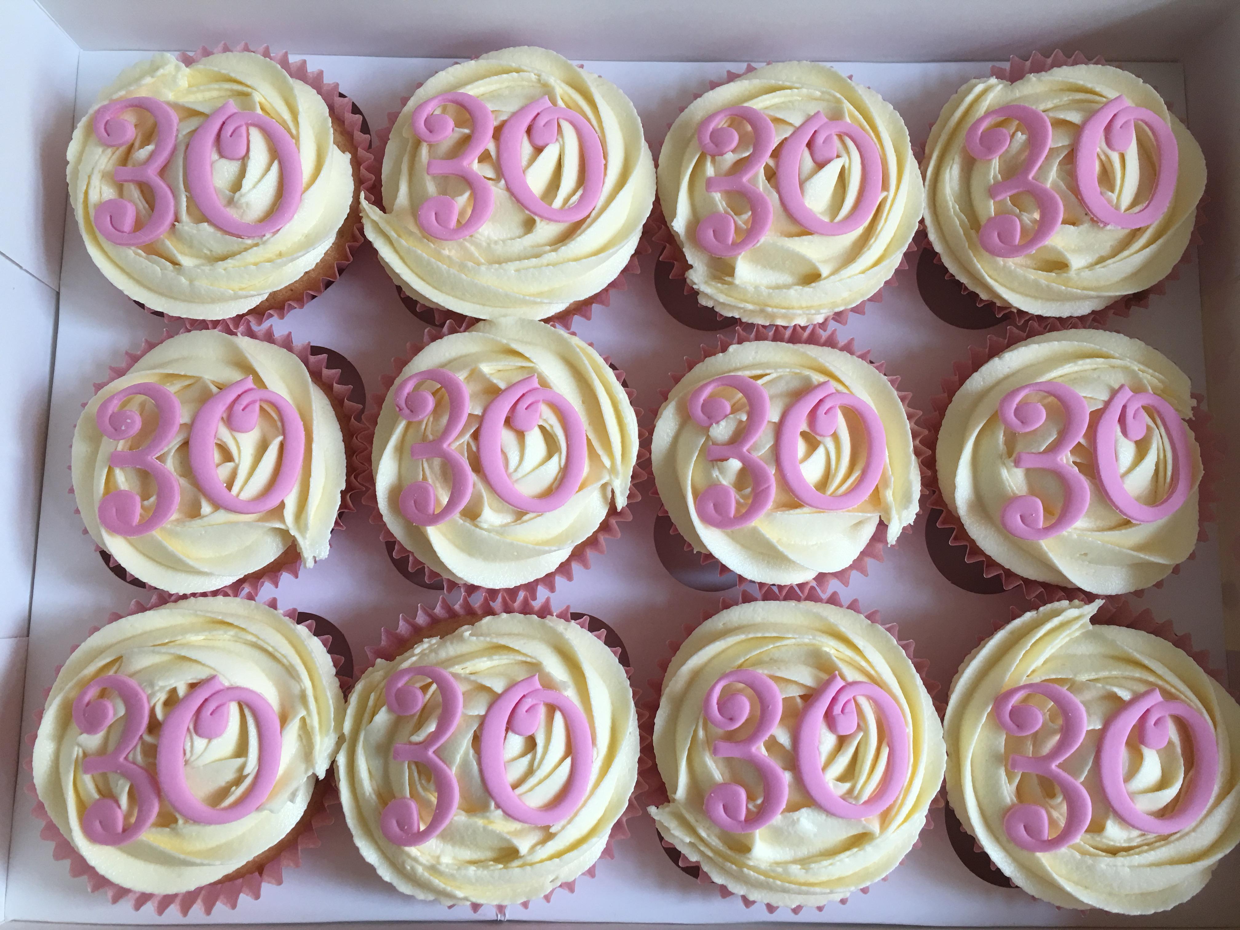 Pink 30 Cupcakes