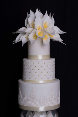 Cream Lilly Cake