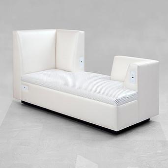 Clark chaise lounge.jpg