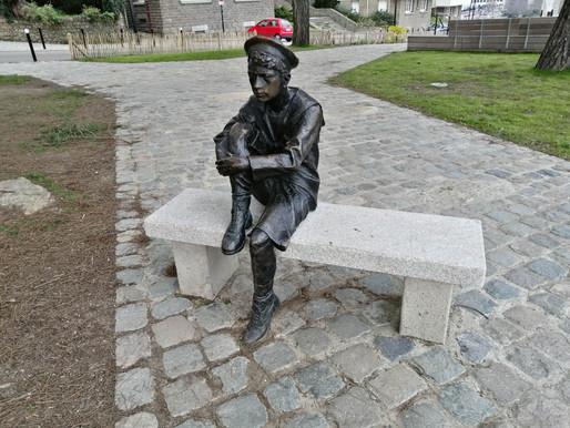 Esplanade Jean Bruneau, la statue de Jules Verne enfant refait surface !