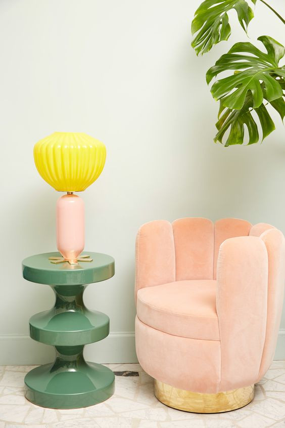 Le design happy et coloré d'India Mahdavi craque pour le Pink Millennial