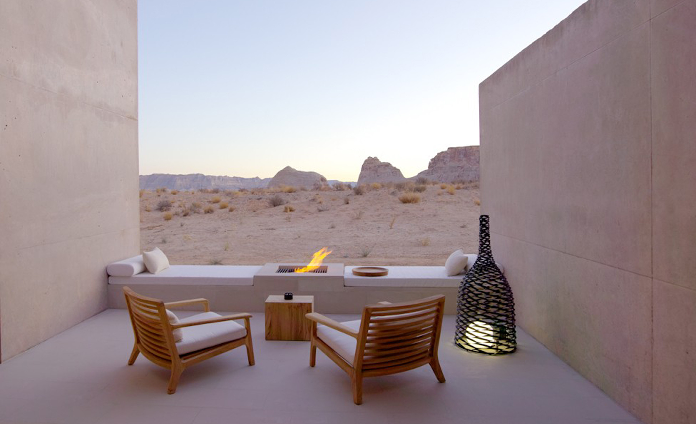 Amangiri_desert_lounge
