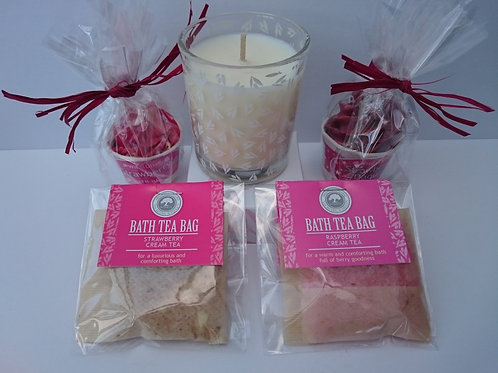 Strawberry Mothers Day Treat (Candle, Bath Melts & Tea Bags)