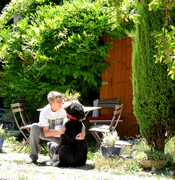 Anne Lisze et son chien
