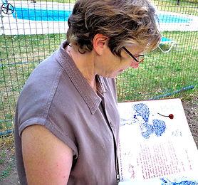 Depuis 2007, Anne-Lise Bador dévelppe au Moulin de Lincel un accueil convivial, chaleureux et pe  sonnalisé.