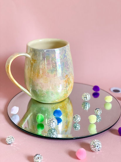 Holographic Curvy Mug