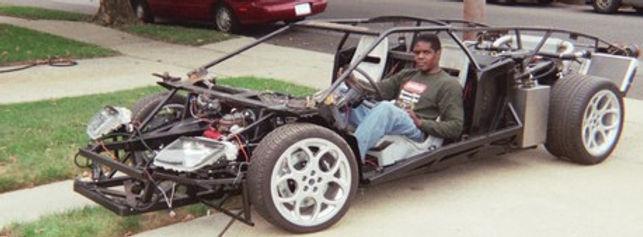 Kevin Lyons testing his Lamborghini replica chassis 200