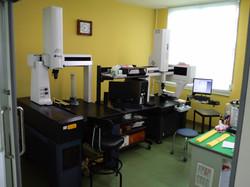 2F検査室