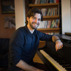 זיו אברהם - פסנתר