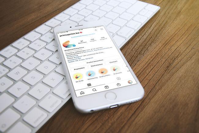 Mocka_iPhone_2.jpg