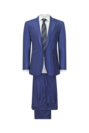 Things  you  need to know before you  buy  suits.