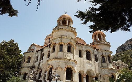 ara_sokaklar_virane_kilise.jpg