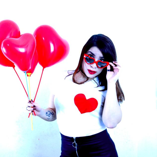 6 - DalilaC Heart T-shirt 3 sopra 3 sott