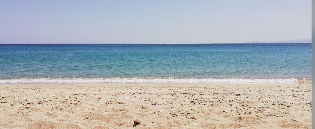 immagine spiaggia.png