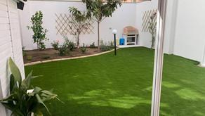 Erba sintetica di naturale qualità per i tuoi spazi esterni