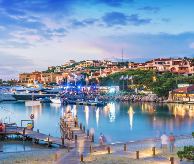 AdobeStock_221719595-Porto-Cervo-kmKC--1