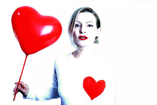 4 - DalilaC Heart T-shirt.JPG