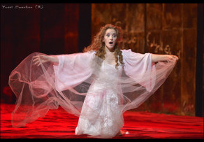 BWW Review: LUCIA DI LAMMERMOOR Crazily Sweeps Away at The Israeli Opera