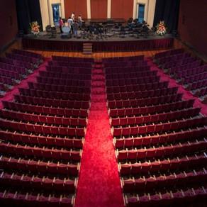 Inaugura un nuevo Teatro Coliseo