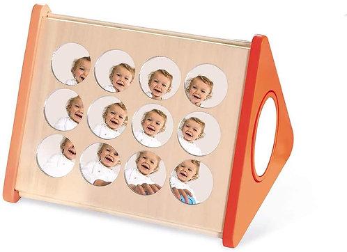 Mirrors Box