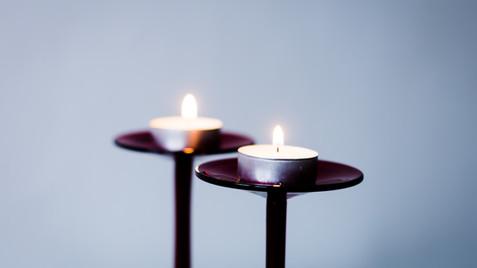 Gedenken an die Verstorbenen in der Coronapandemie im Gottesdienst am 18.11.