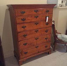 Dressers and Vanities