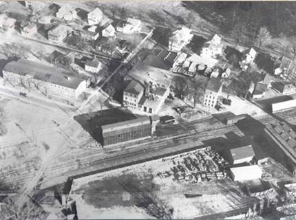 Aerial view of Flo circa 1930s.jpg