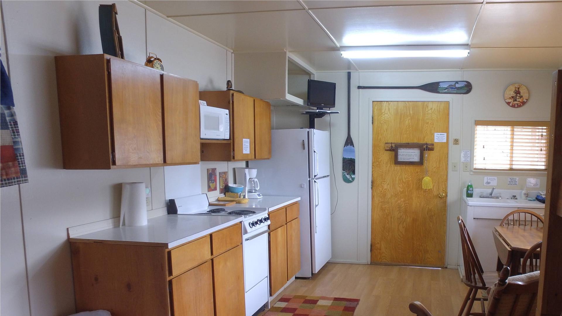 Cabin5LakeCabinh.jpg