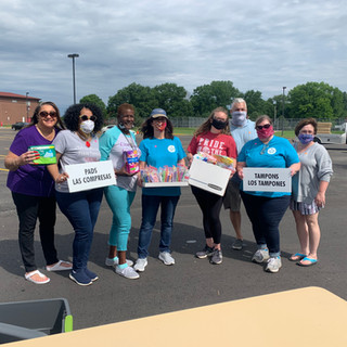 Tyler's House KC partnered with Jessica McClellan and her nonprofit, Giving Hope and Help, to provide feminine hygiene items at our local food distribution event.