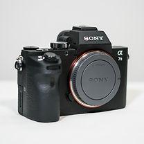 Sony_Alpha7i 1_01.jpg