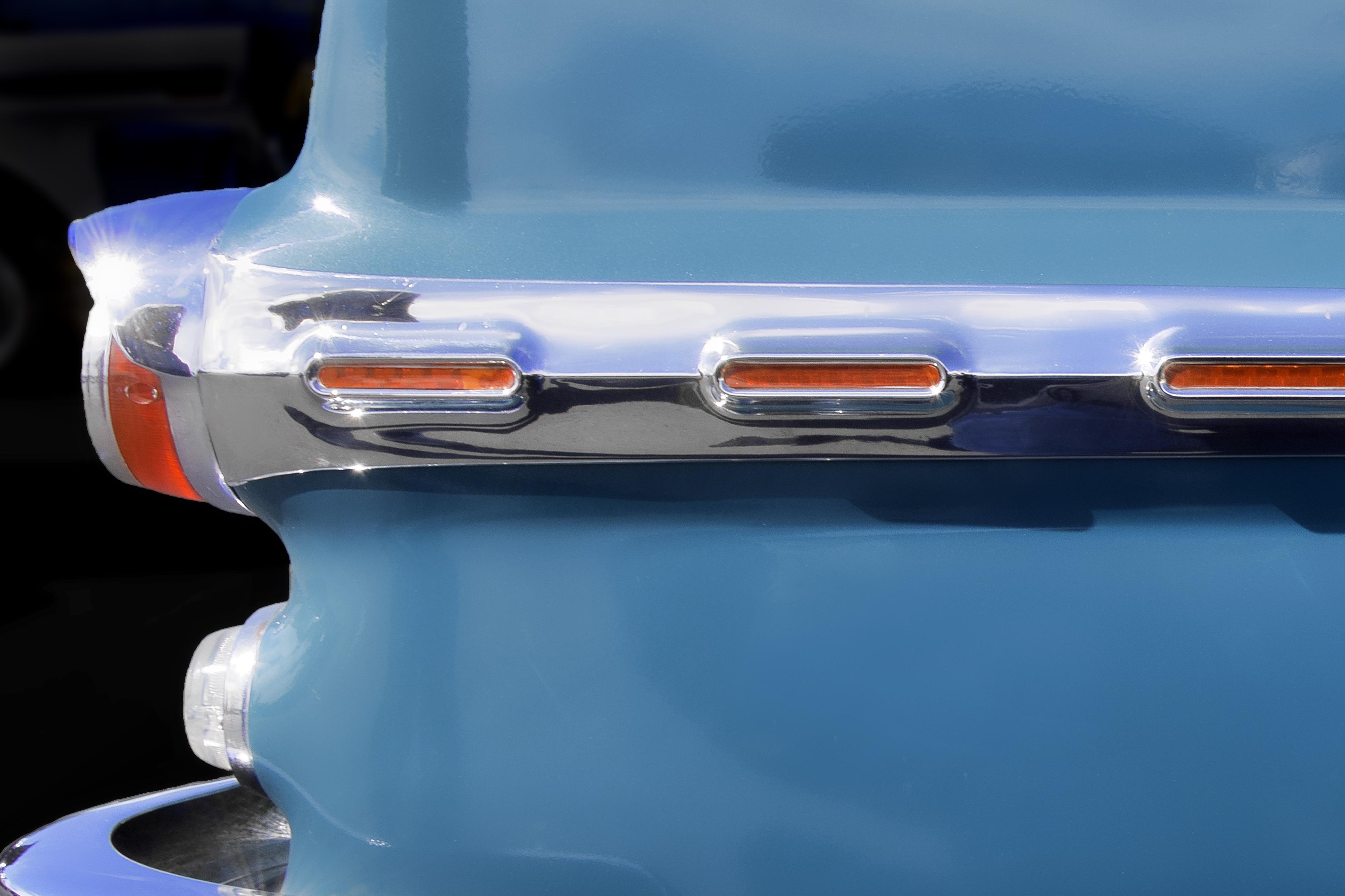 Pontiac Chrome 1