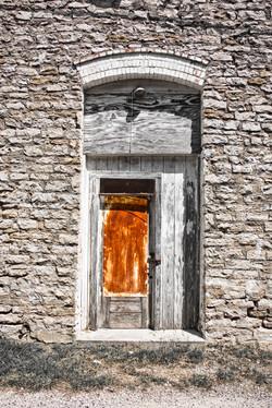 Lometa Door