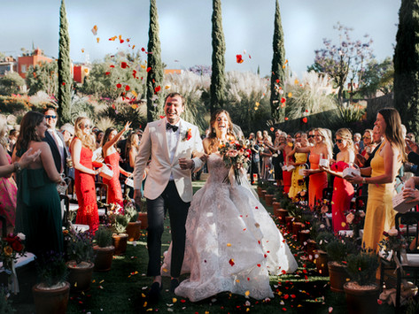 WEDDING TRENDS THAT ARE SURE TO WOW!                     (both you and your guests)