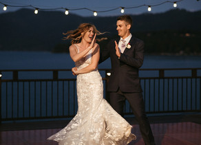 I Love When Couples… Break Out Into A Choreographed Routine During Their First Dance