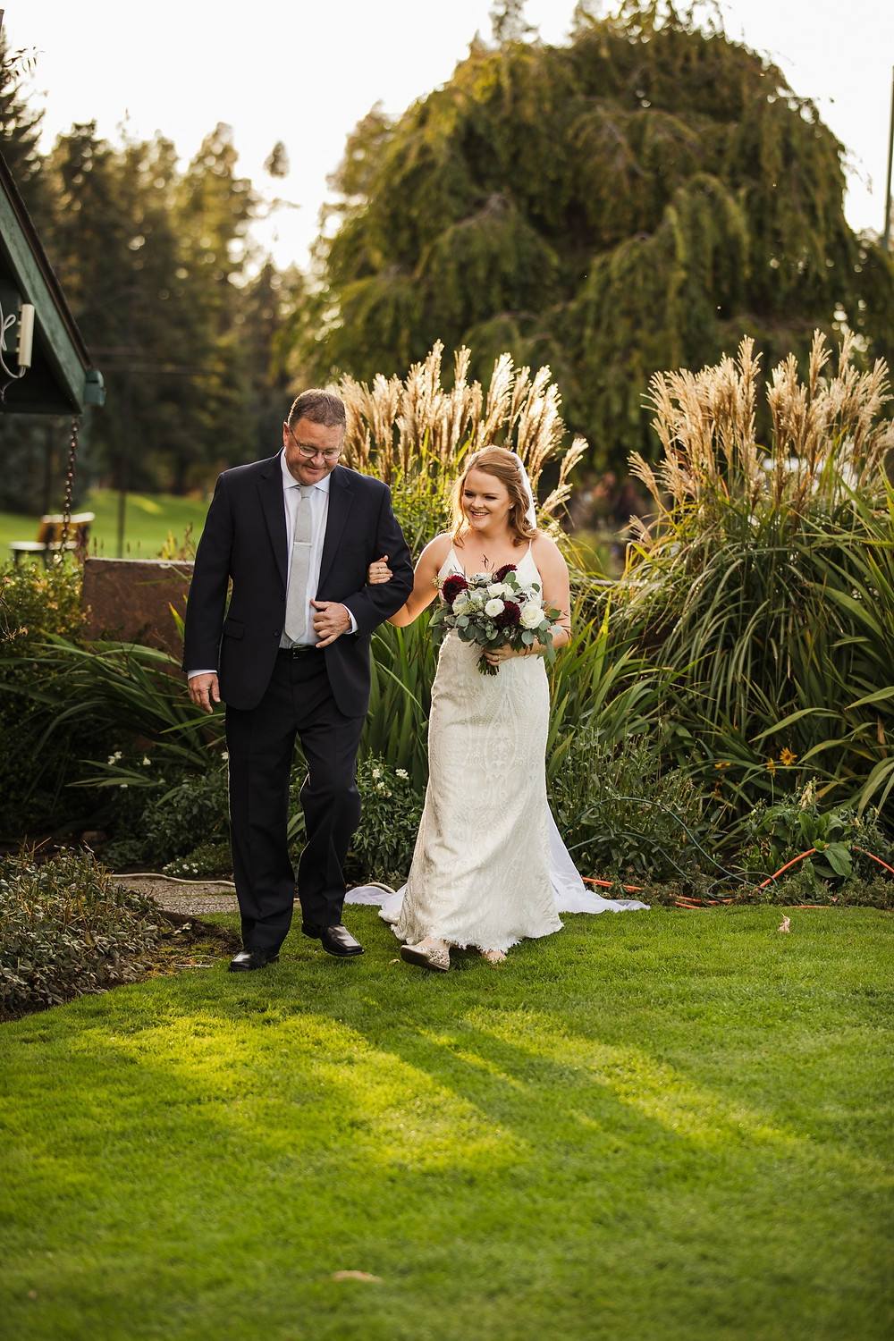 father-walking-daughter-down-the-aisle.jpg