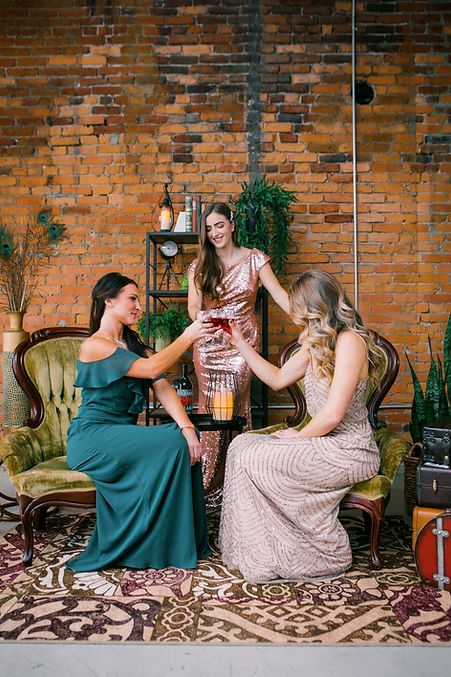 ladies-at-a-dinner-party.jpg