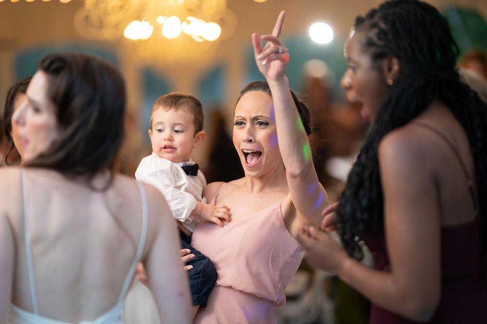 dancing-wedding-guest-photo.jpg