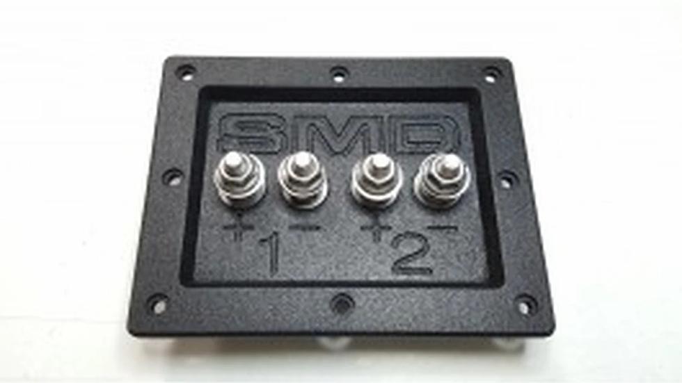 "SMD 2 Channel Heavy Duty Speaker Terminal (Stainless) (3/4"" PVC Black)"