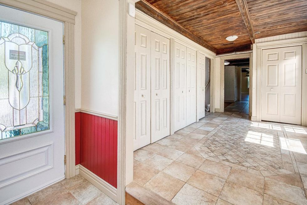 22634576 - Courtier immobilier à Châteauguay (10).jpg