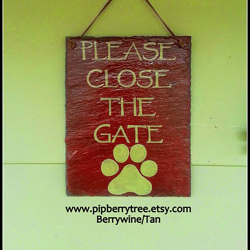 Please Close The Gate Paw Print Slate Sign